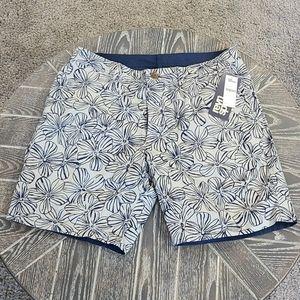 NWT reyn spooner Mala Melia Reversible Shorts